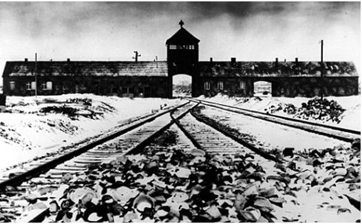 Лагерь Аушвиц-Биркенау в Польше, где проводилась программа уничтожения евреев Гитлером