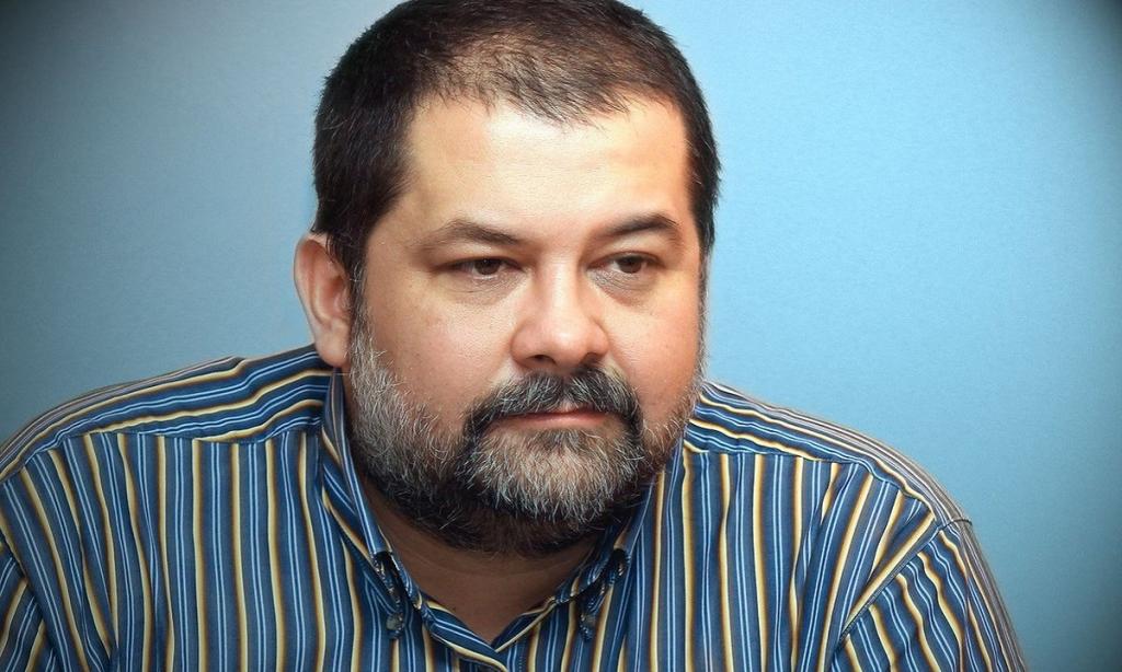Серге́й Васи́льевич Лукья́ненко (род. 11 апреля 1968 года, Каратау, Казахская ССР) — русский писатель-фантаст.