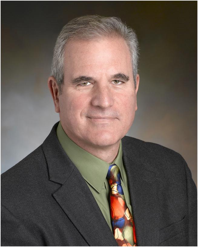 Леонард Сакс-американский психолог и практикующий семейный врач. Он наиболее известен как автор трех книг для родителей: мальчики дрейфуют, девочки на краю, и почему пол имеет значение . Согласно его веб-сайту, в настоящее время он работает врачом в медицинском учреждении в округе Честер штата Пенсильвания, где он также проживает.
