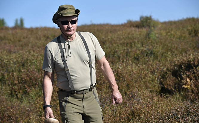 Владимир Путин на отдыхе в Туве / Znak.com