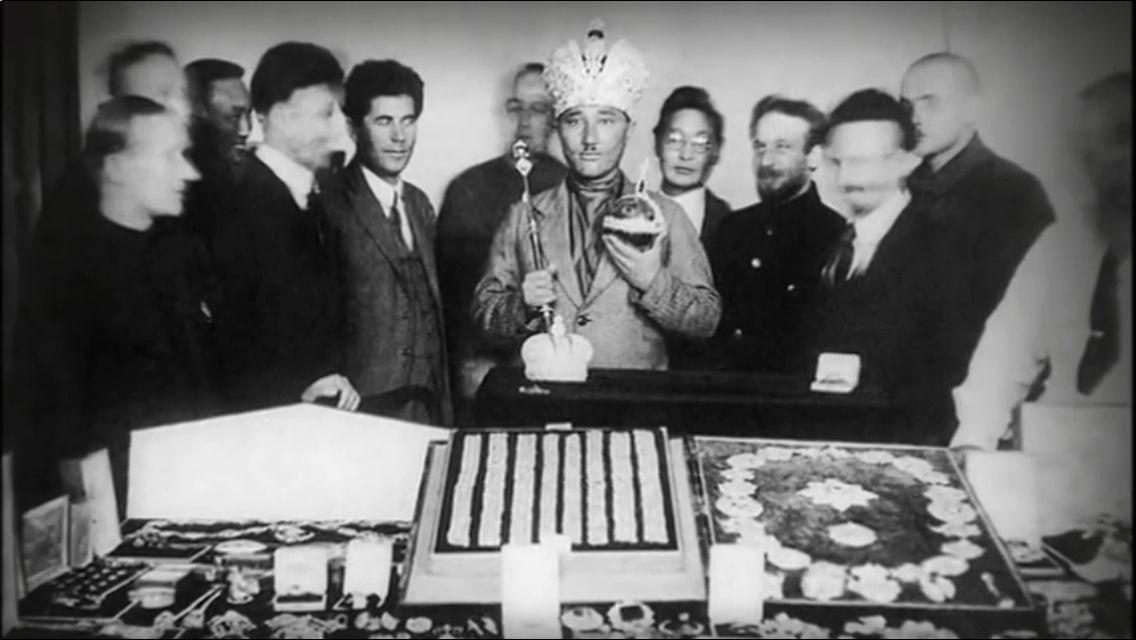 «Тайны истории»: Как в Чите чуть не продали корону Российской империи https://ok.ru/nightredstone/topic/70543435259994