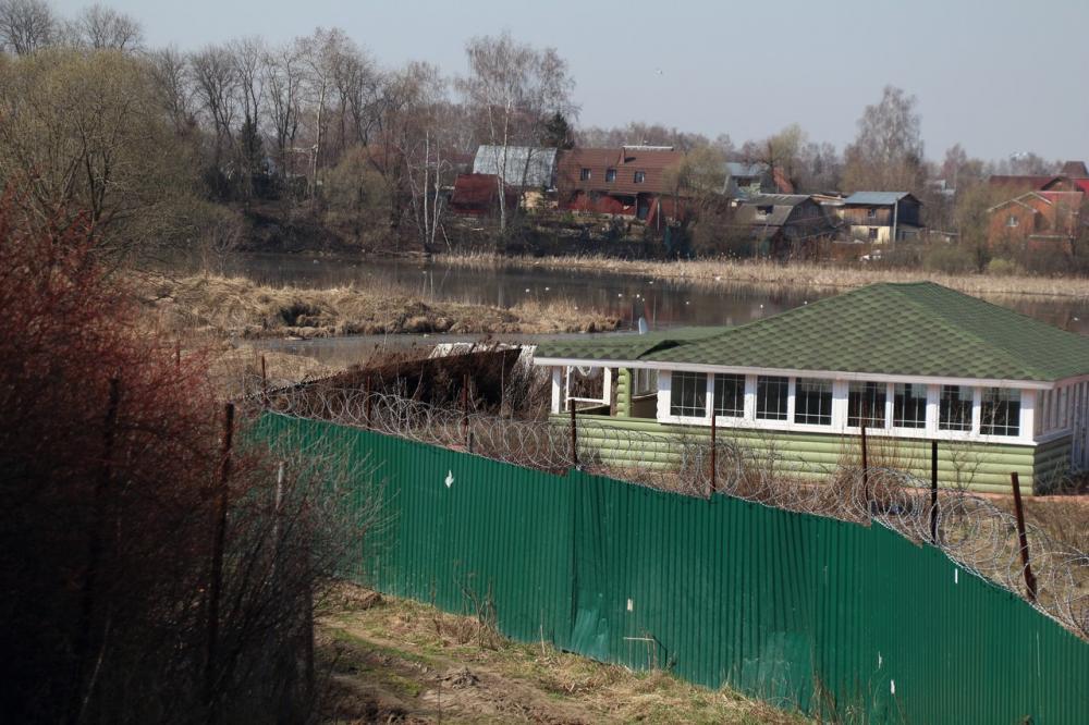 05-2014-Ограда у реки3
