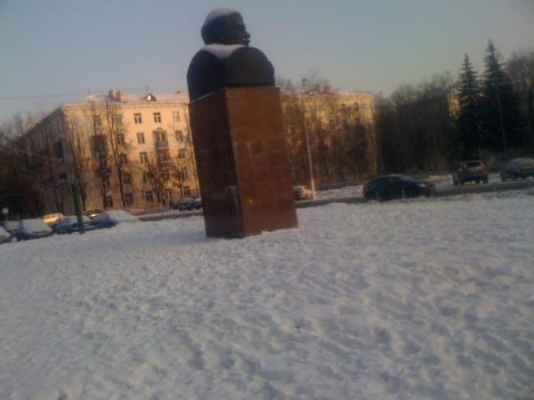 Pam-Leninu2