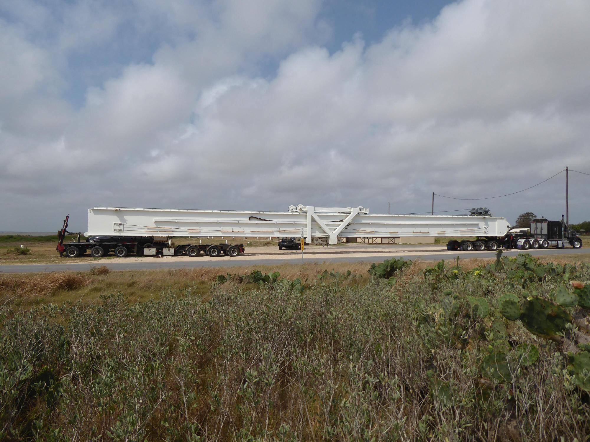SpaceX Space Exploration Technologies Corporation ist ein privates USamerikanisches Raumfahrtunternehmen Das Unternehmen wurde mit dem Ziel gegründet