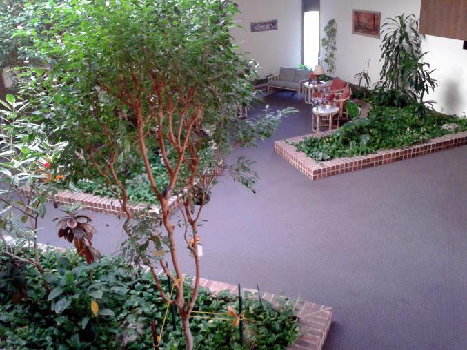 Oak Creek Courts Atrium (Photo by ECP aka ShamanicShift aka Shamanic-Shift on Flickr.com)