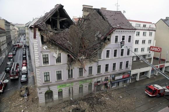 EXPLOSION-IN-VIENNA