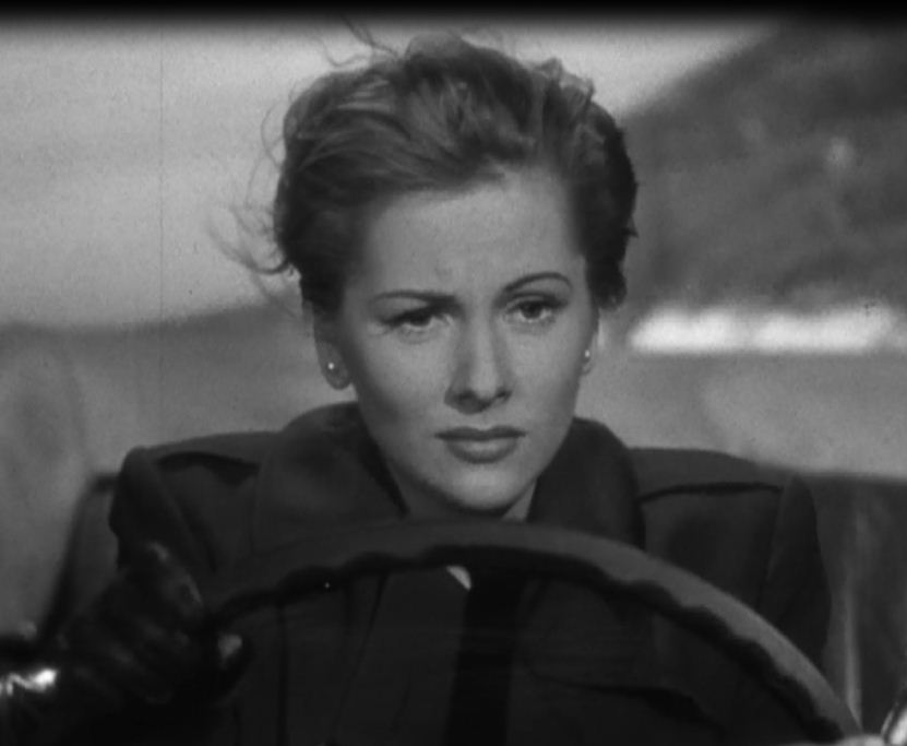 Ms-Fontaine-in-Car-joan-fontaine-25590334-831-683