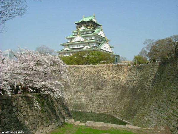 Традиционные замки Японии. Замок в Осаке (Osaka Castle/大坂城) ещё называют