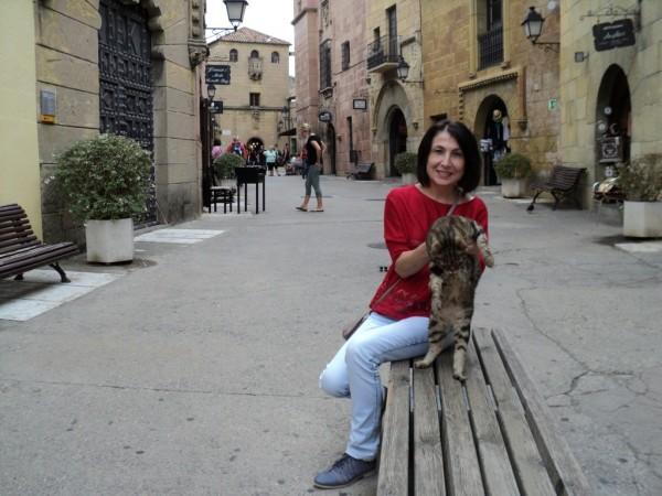 Мама в испанской деревне)