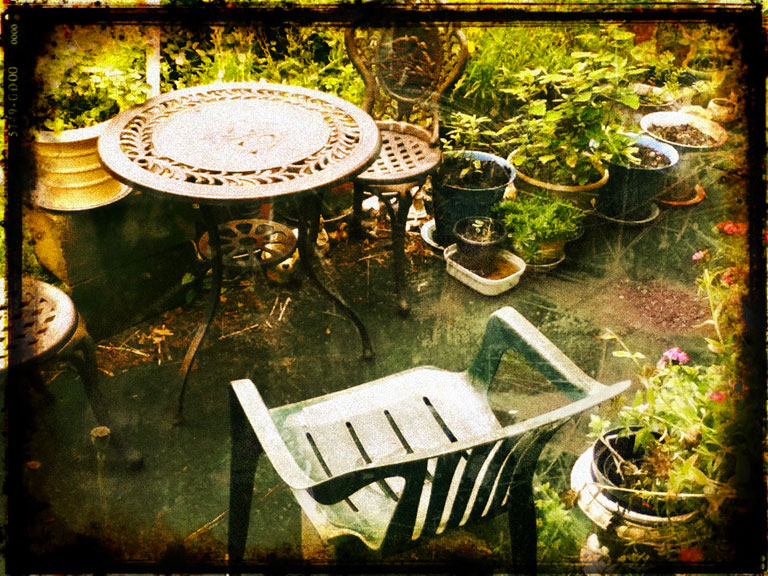 pixlromatic-patio-smaller