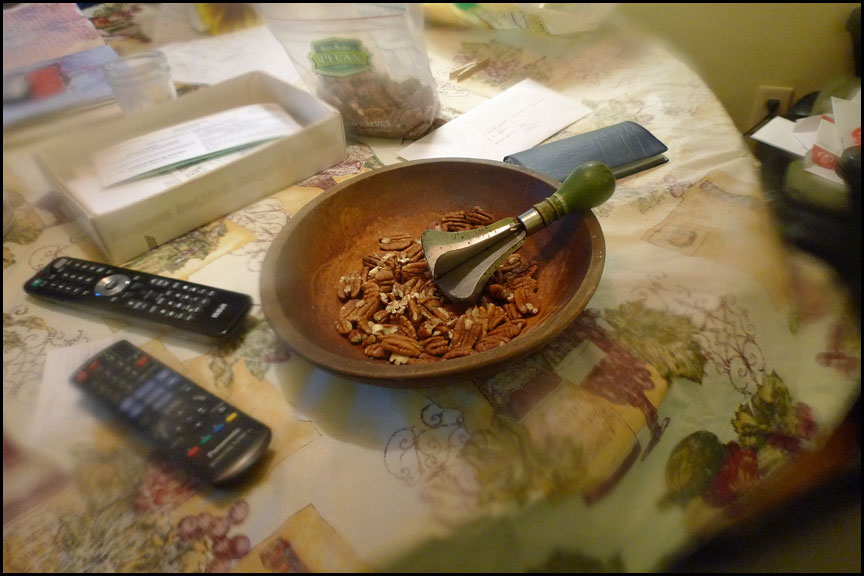 chopping-nuts-1-2-15