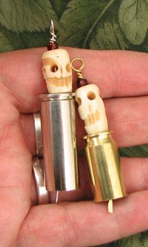 blessing-skull-bell-hand3x5