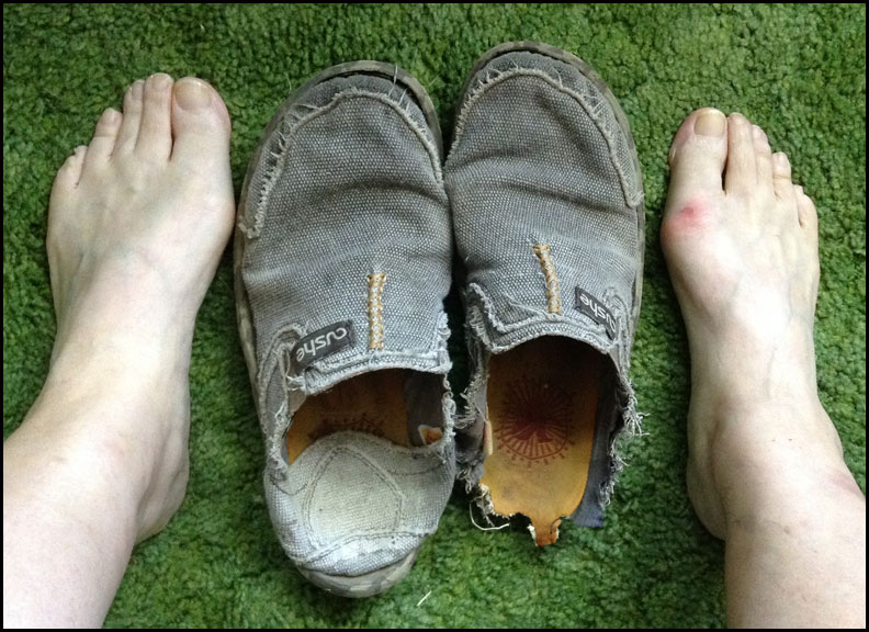 IMG_6080-ruined-shoes-and-blistered-feet