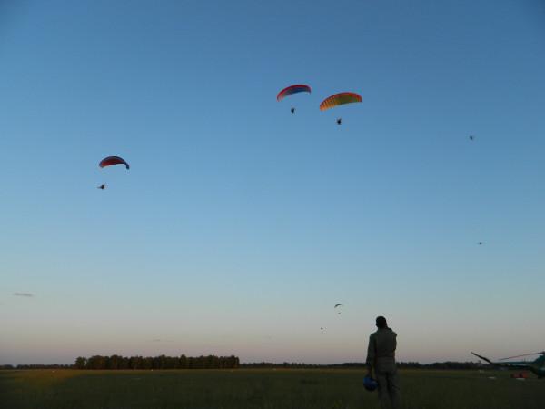 Куртамышский аэродром. Парапланеристы