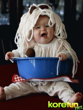 Cute-Babies-in-Food-Costumes-2