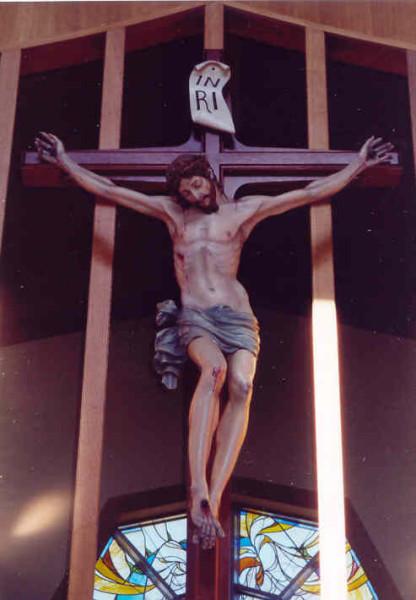 crucifix-full1