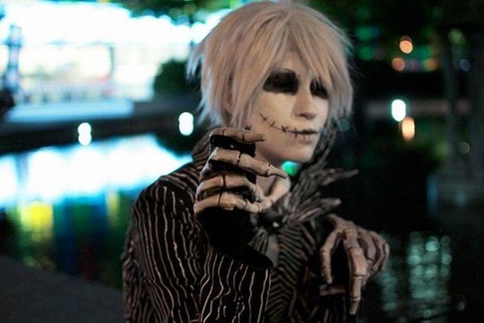 Odd-Halloween-costumes03