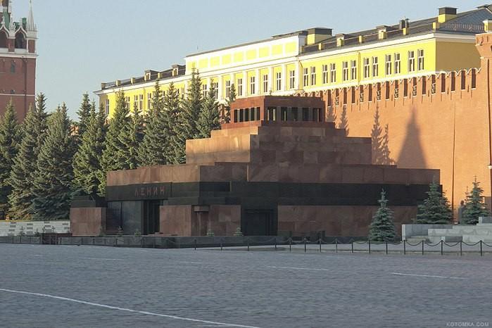Захоронение Ленина и мавзолеи мира