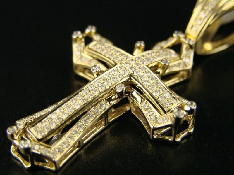 Ювелирные изделия крестики фото