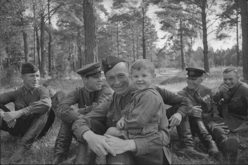 21.06.1941 летчики на отдыхе