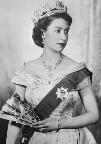 Молодая Елизавета Сорин, Савелий, художнику, сходство, Внешнее, льстил, практически, модели, высокородной, своей, престол, вступит, всего, Елизавете, королеве, английской, Будущей, Елизаветы, прицессы, Портрет