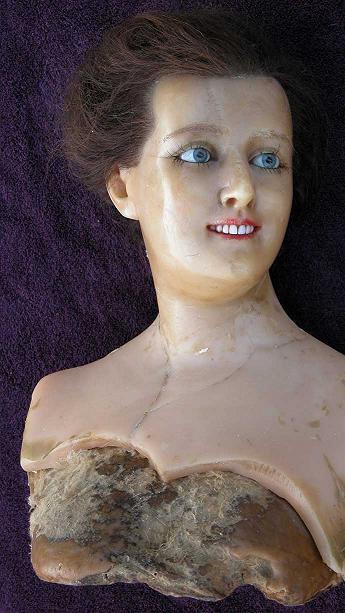 wax_mannequin_2