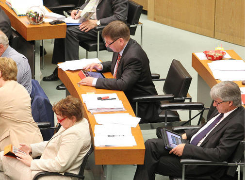 Kostenlose-Tablet-PCs-statt-Papierbergen-fuer-Hannovers-Politiker_ArtikelQuer