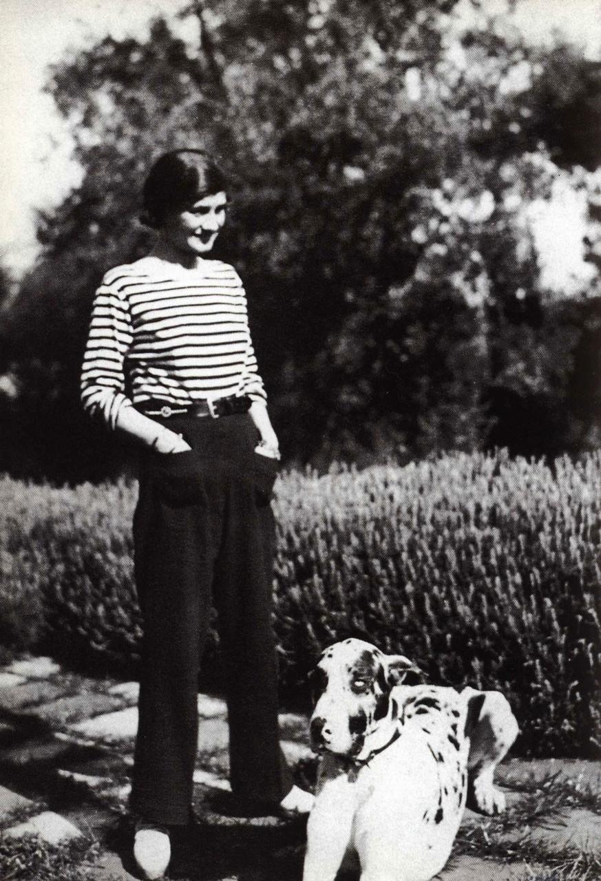 Француженки носят панталоны 6 фотография