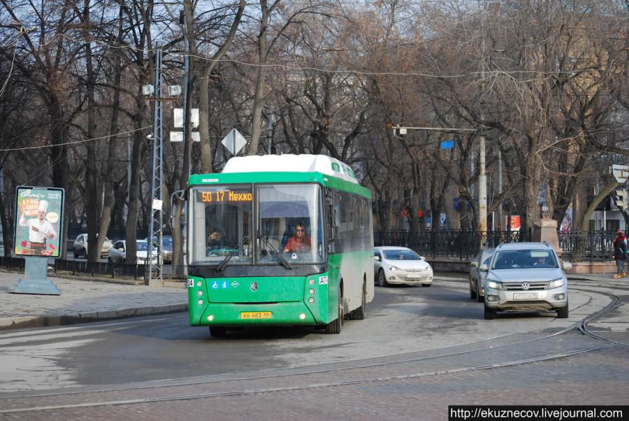 Новый екатеринбургский автобус НефАЗ на 50 маршруте