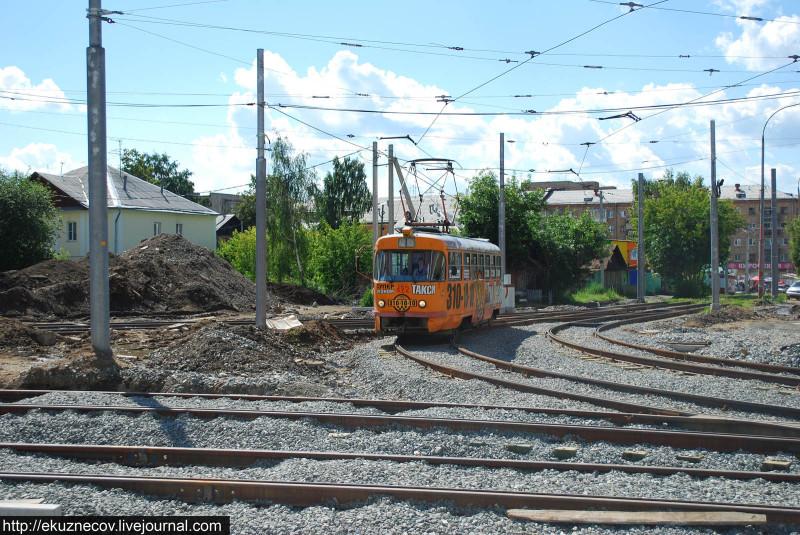 Строительство новой трамвайной линии по улице Татищева к ЧМ-2018 в Екатеринбурге