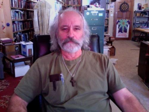 Arthur_Topham_in_chair.500x375