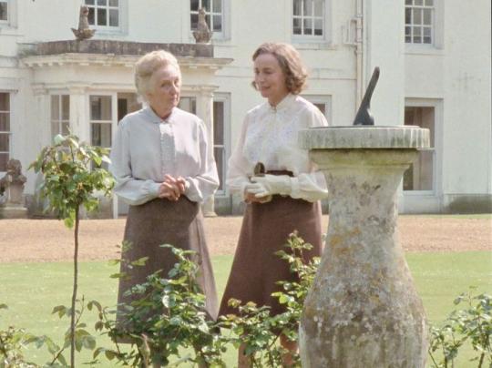 мисс Марпл и Долли в фильме 1984 года