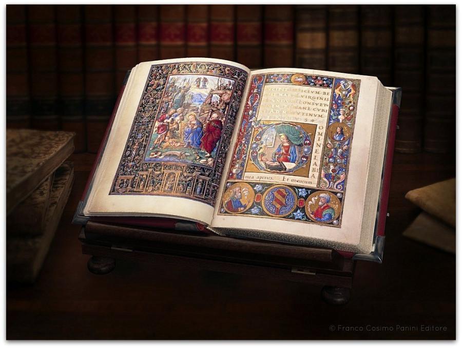 Libro-dOre-del-Perugino-aperto-1024x765
