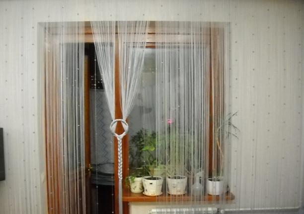 Кисея в интерьере кухни фото