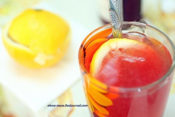 Горячий лимонад с малиной