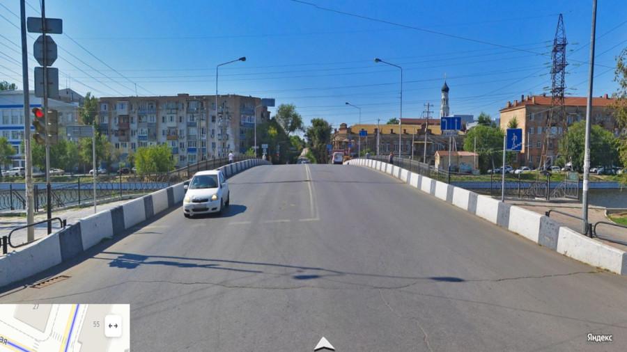 Воздвиженский мост, Астрахань