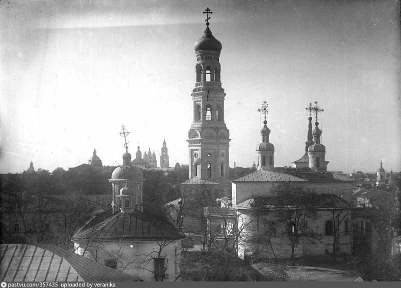 Благовещенский монастырь с новой колокольней