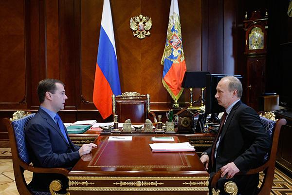 0629-Russia-Medvedev-putin_full_600