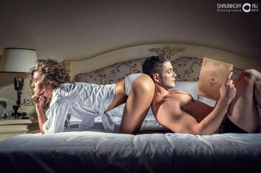porno-rasskazi-zhena-izmenyaet-lizhet-muzh