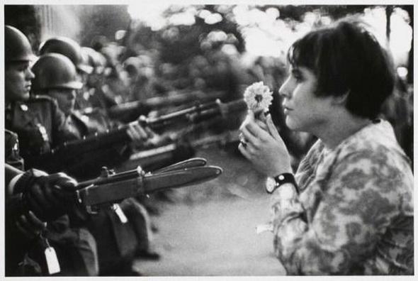 Marc Riboud - Anti-Vietnam war demonstration, Washington