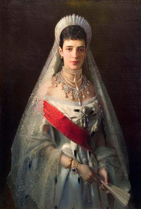 Kramskoy - Портрет императрицы Марии Фёдоровны