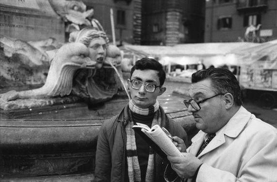 Richard Kalvar  Rome. Piazza della Rotonda