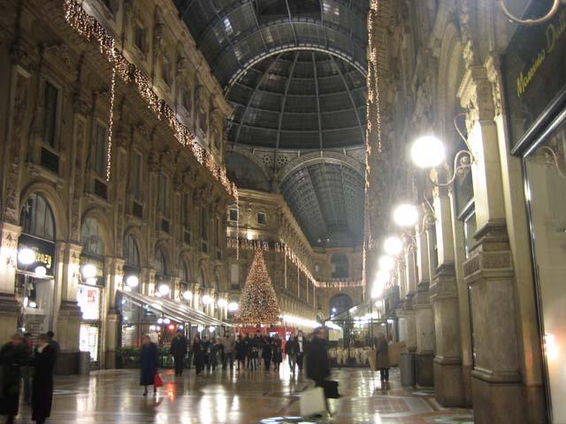 مرحباً بكم في ميلانو عاصمة الموضه الأوربيه وأكبر مقر للسفارات في أوربا 000k0bet