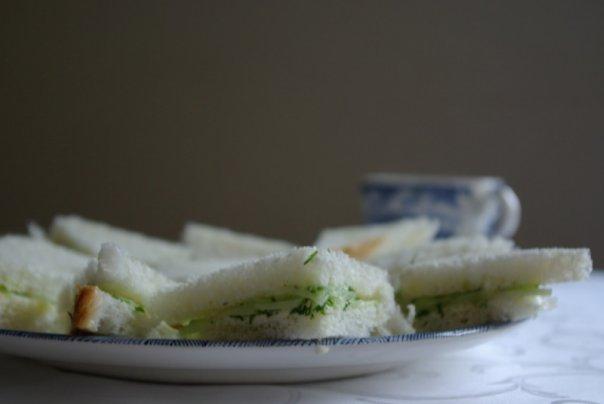 Сандвичи с огурцом