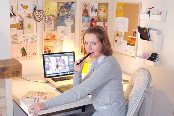 Elina Ellis in her working environment