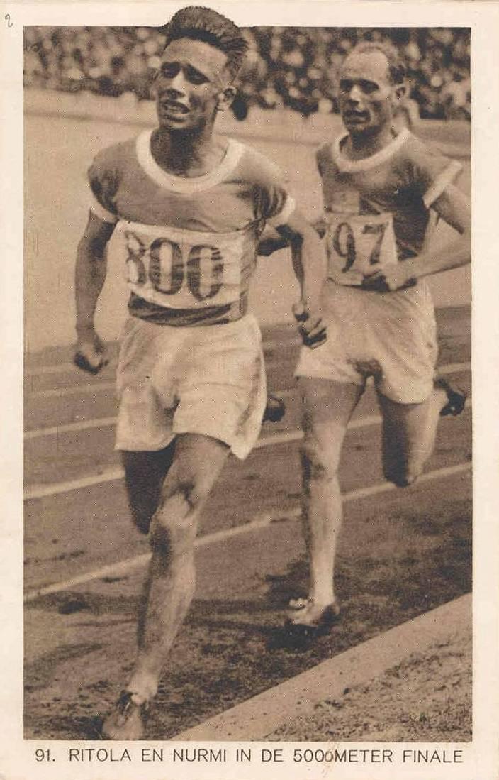 Фины Ритола и Нурми, чемпионы в беге на 5000 и на 10000 метров на почтовой открытке