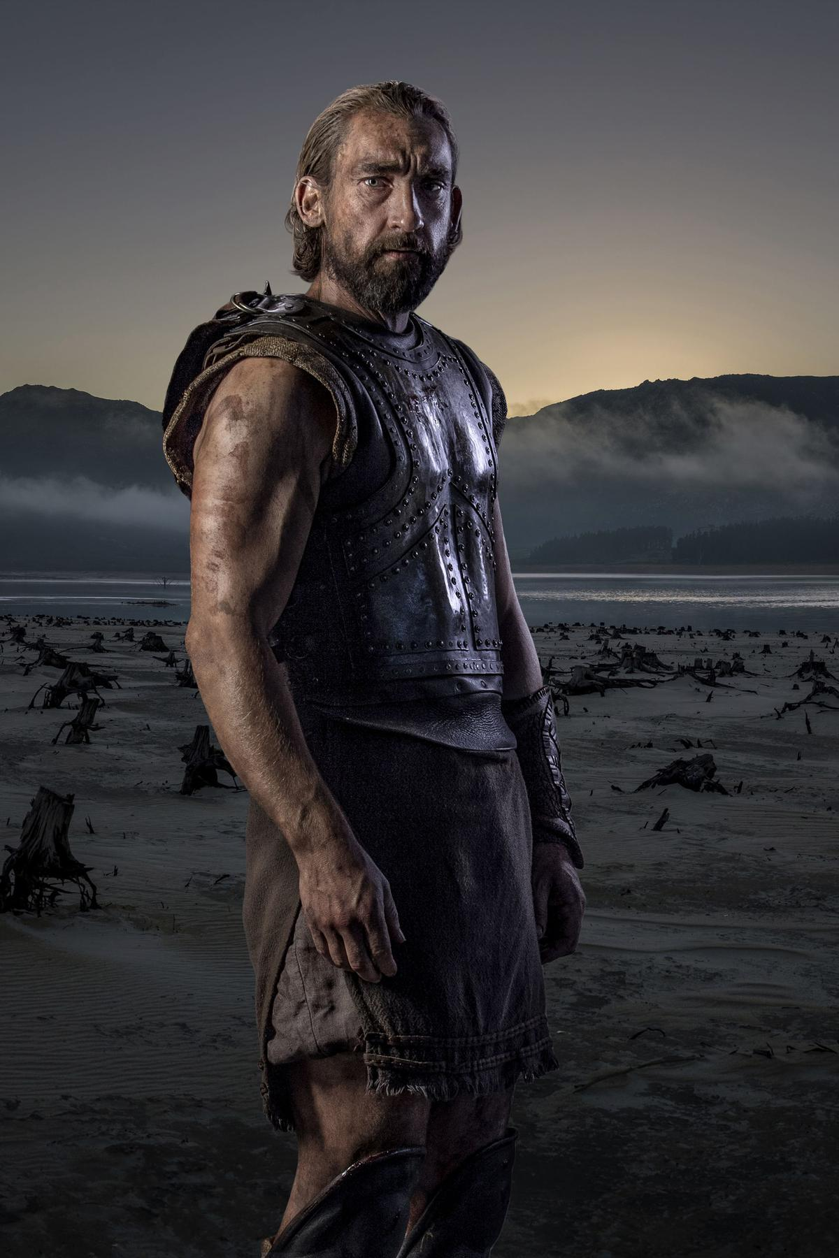 odysseus character comparison movie troy Smellin' of troy what follows is a partial list of discrepancies between troy the big-budget hollywood movie and troy the epic poem odysseus  son.