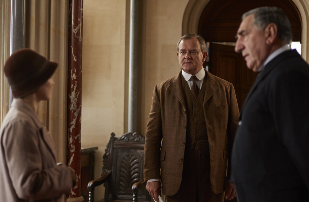 embargoed_until_10th_september_downton_ep1__071-001