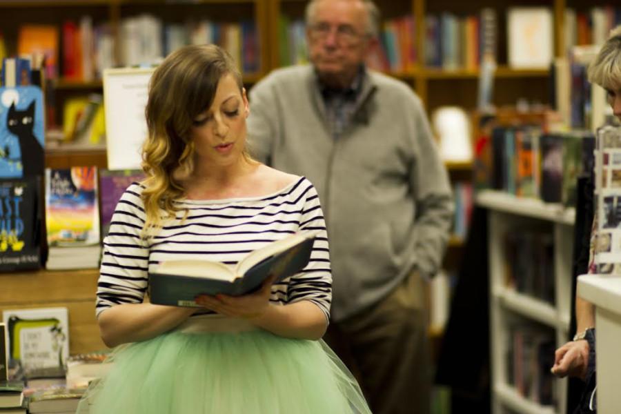 Leslye reading