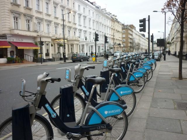 Лондон. Прокат велосипедов.